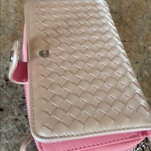Accessories - Cell phone wallet